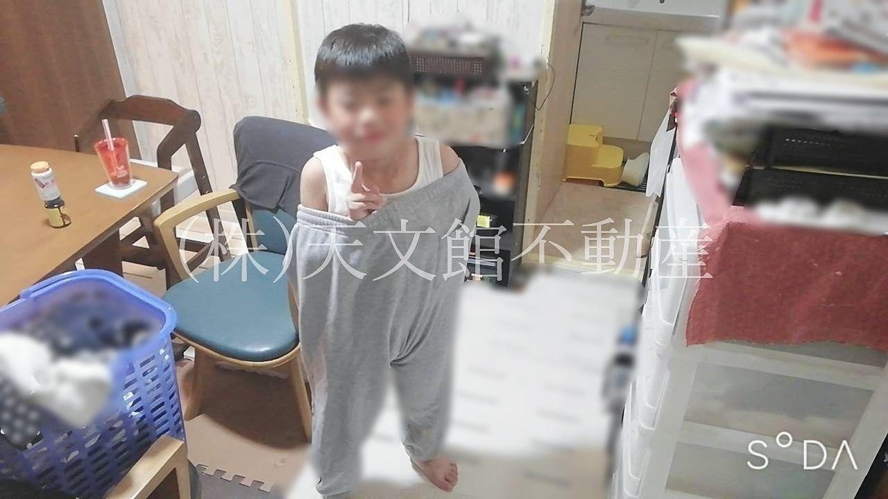 自宅の息子の写真