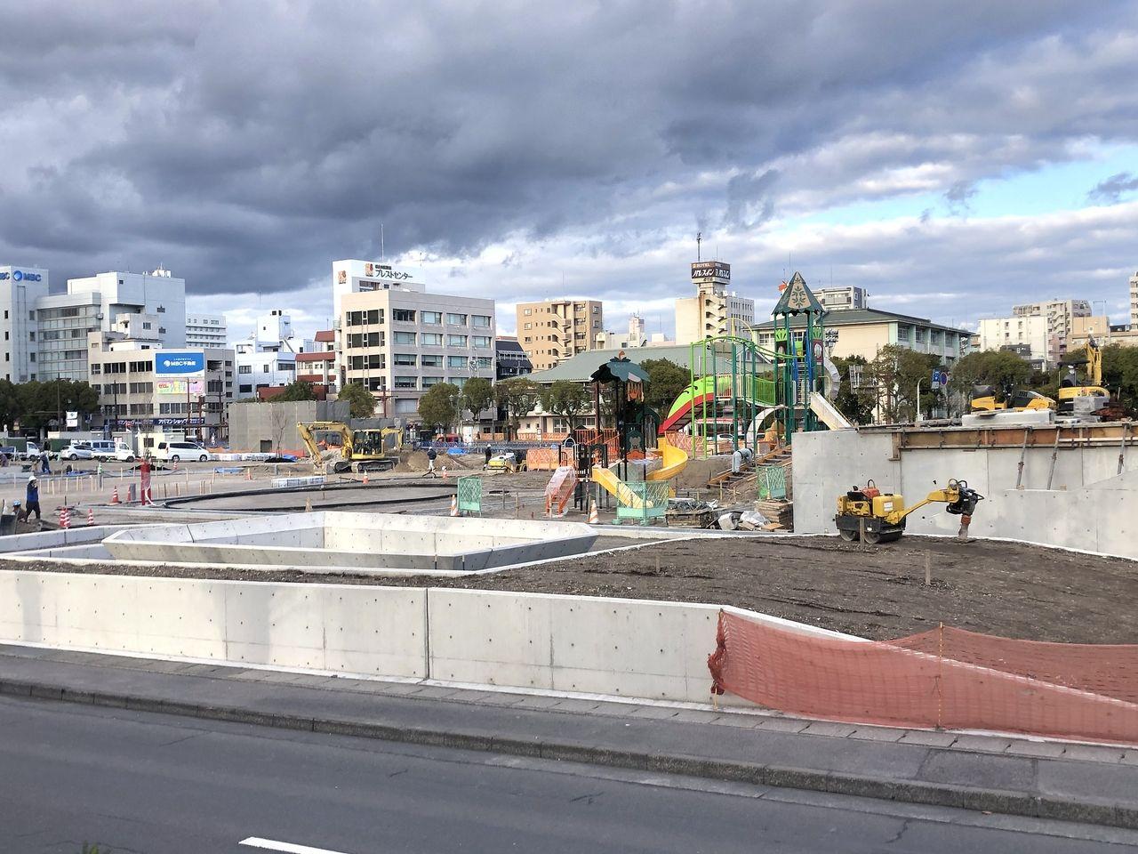 鹿児島市加治屋町 旧市立病院跡地はカフェやアスレチック、駐車場なども出来ます。