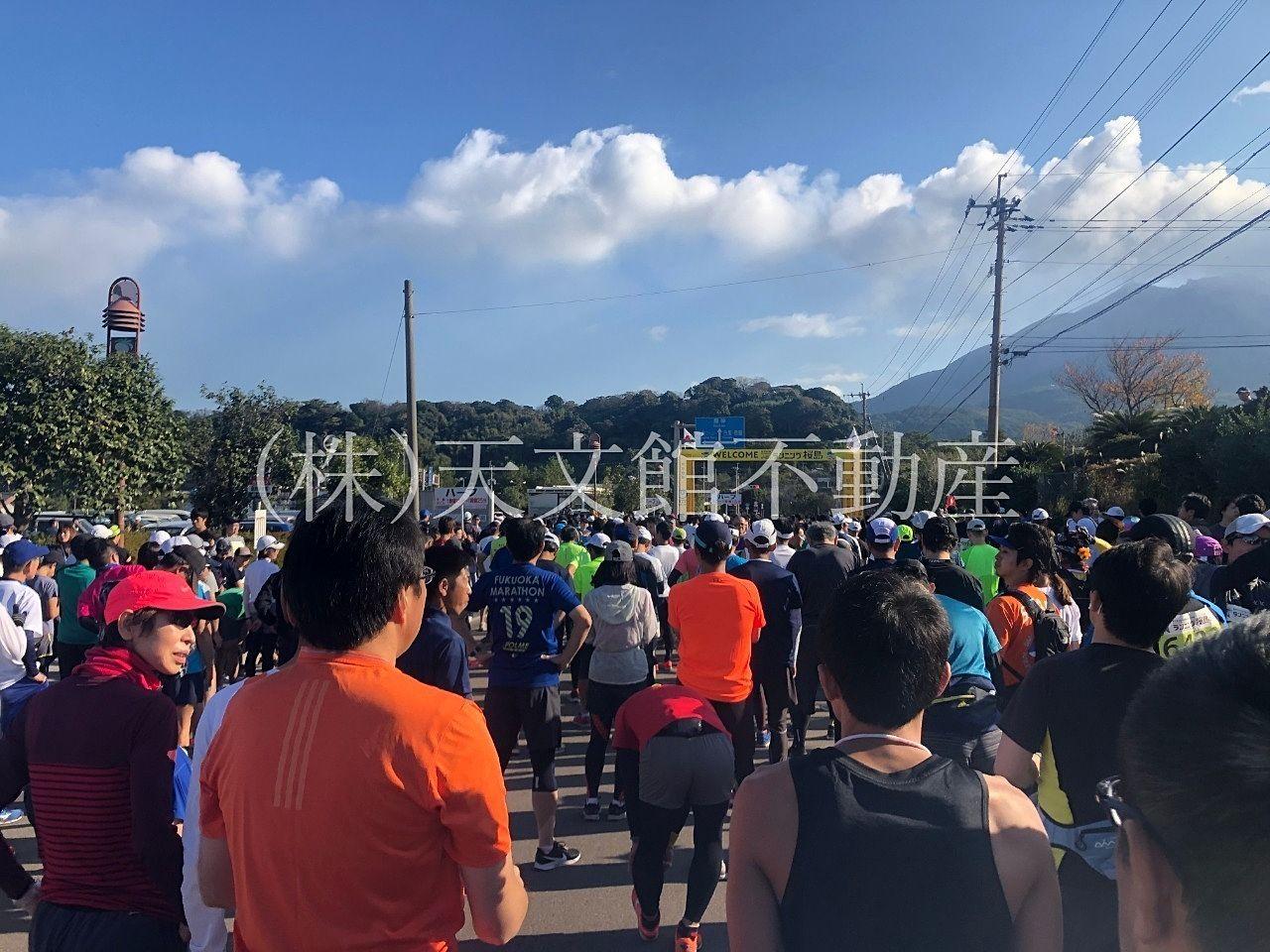 桜島マラソンのスタート地点で待機