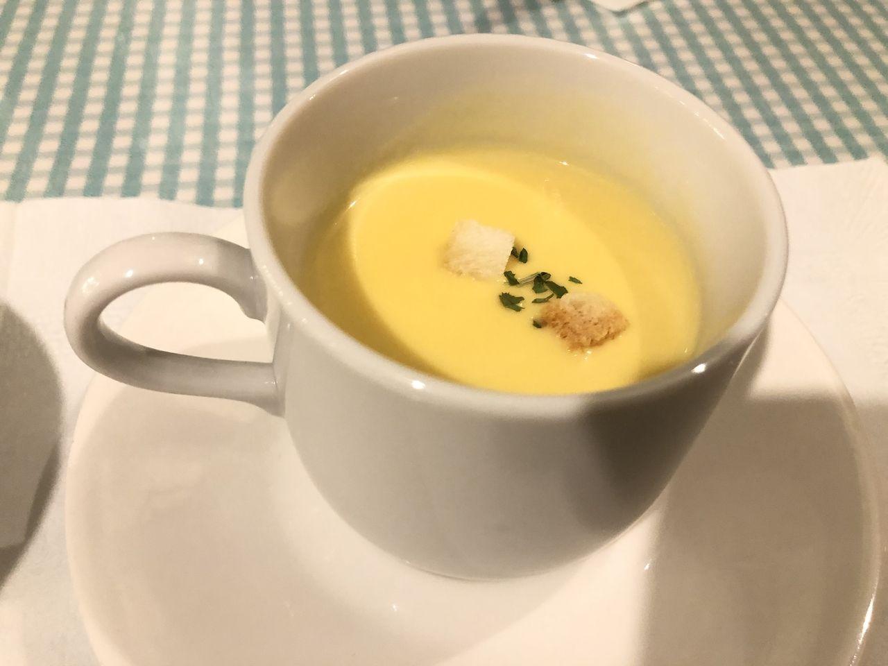 コーンスープも温かくて美味しかったです。