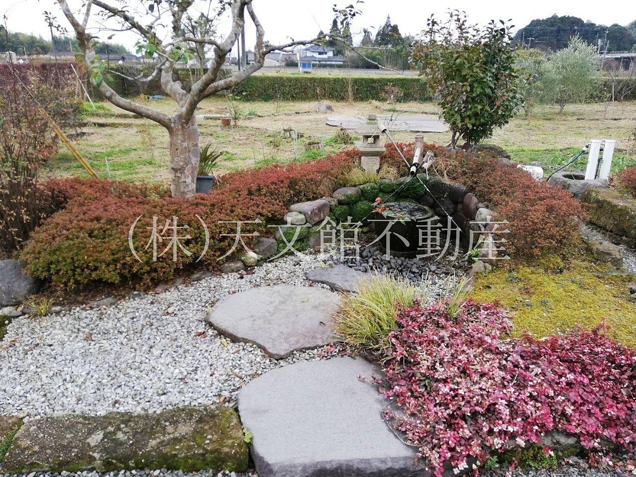 霧島市隼人町小浜のKITCHEN Qのお庭も綺麗です。
