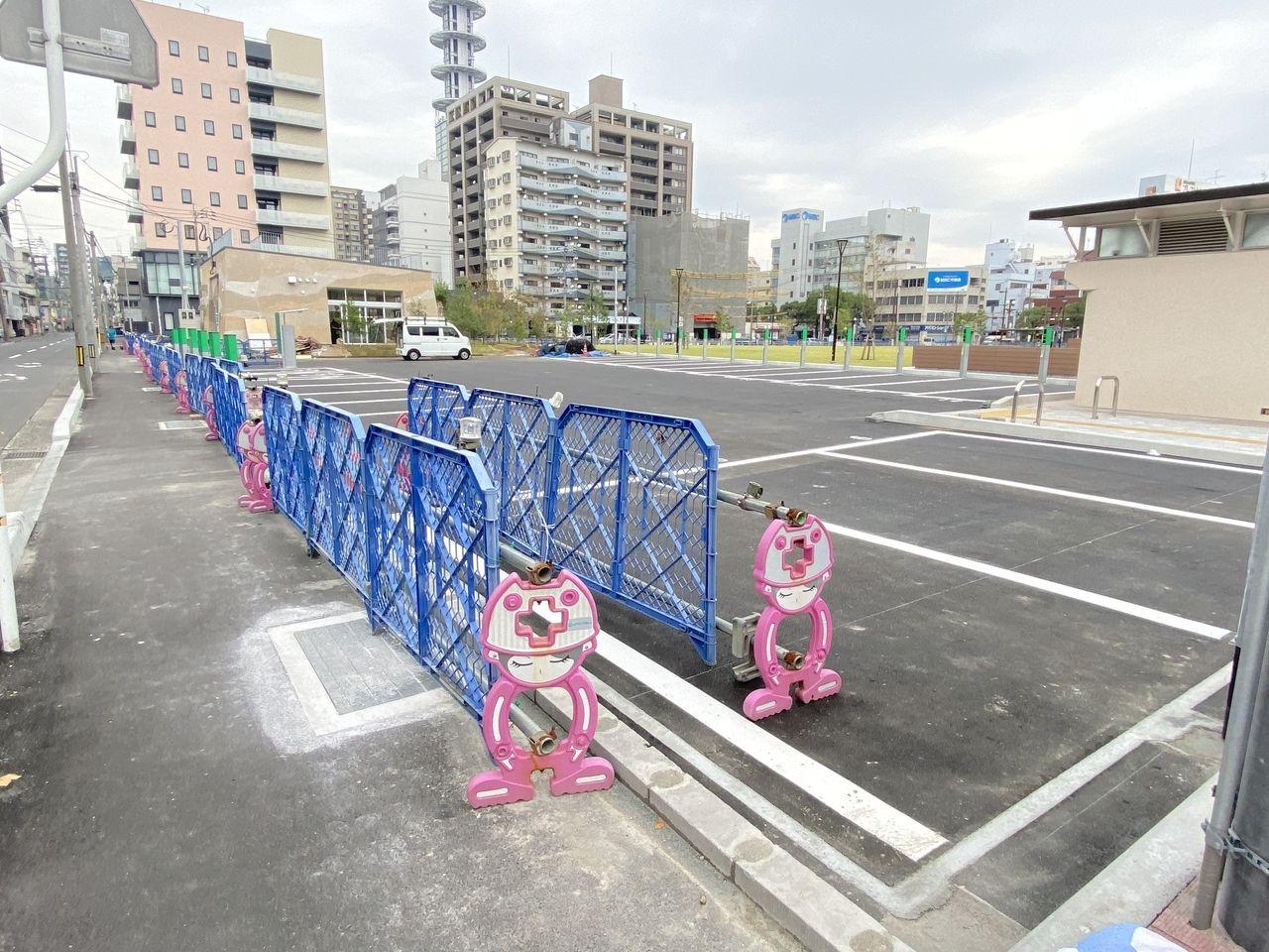 鹿児島市加治屋町の加治屋まちの杜公園の敷地内には駐車場もあります。