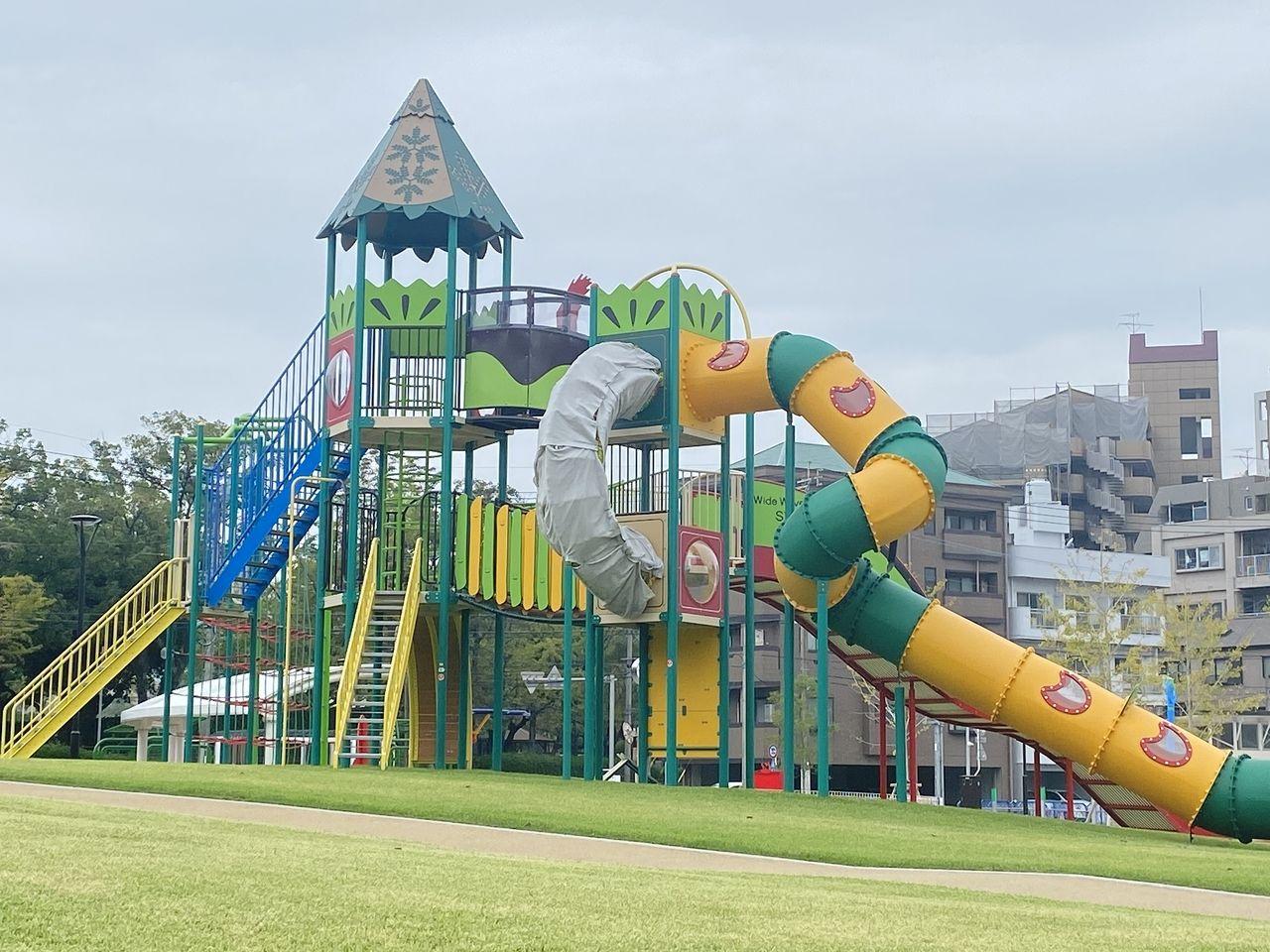鹿児島市加治屋町の市立病院跡地「加治屋まちの杜公園」が10月23日(金)オープン。