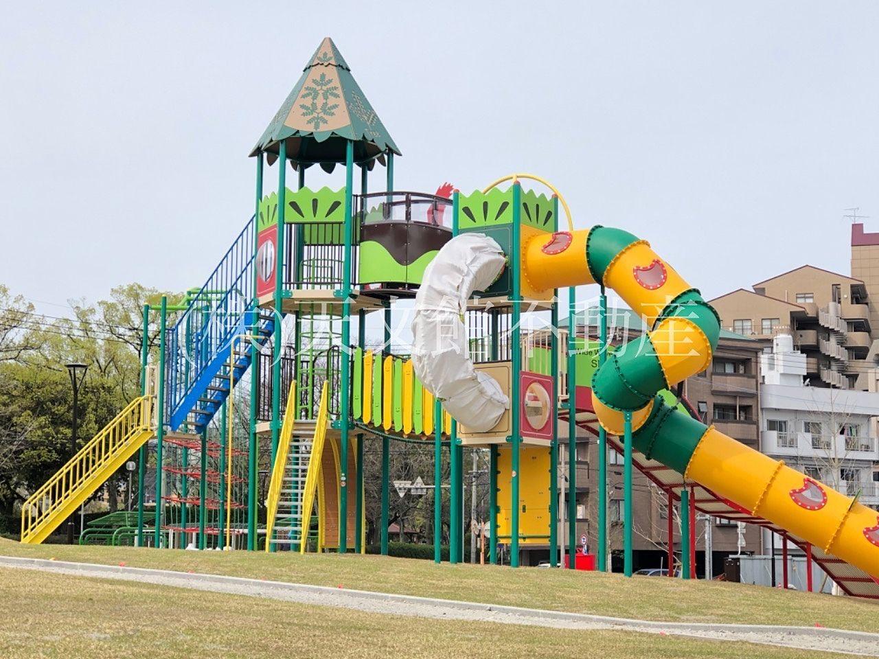鹿児島市加治屋町の加治屋まちの杜公園には大きなアスレチックが出来ます。