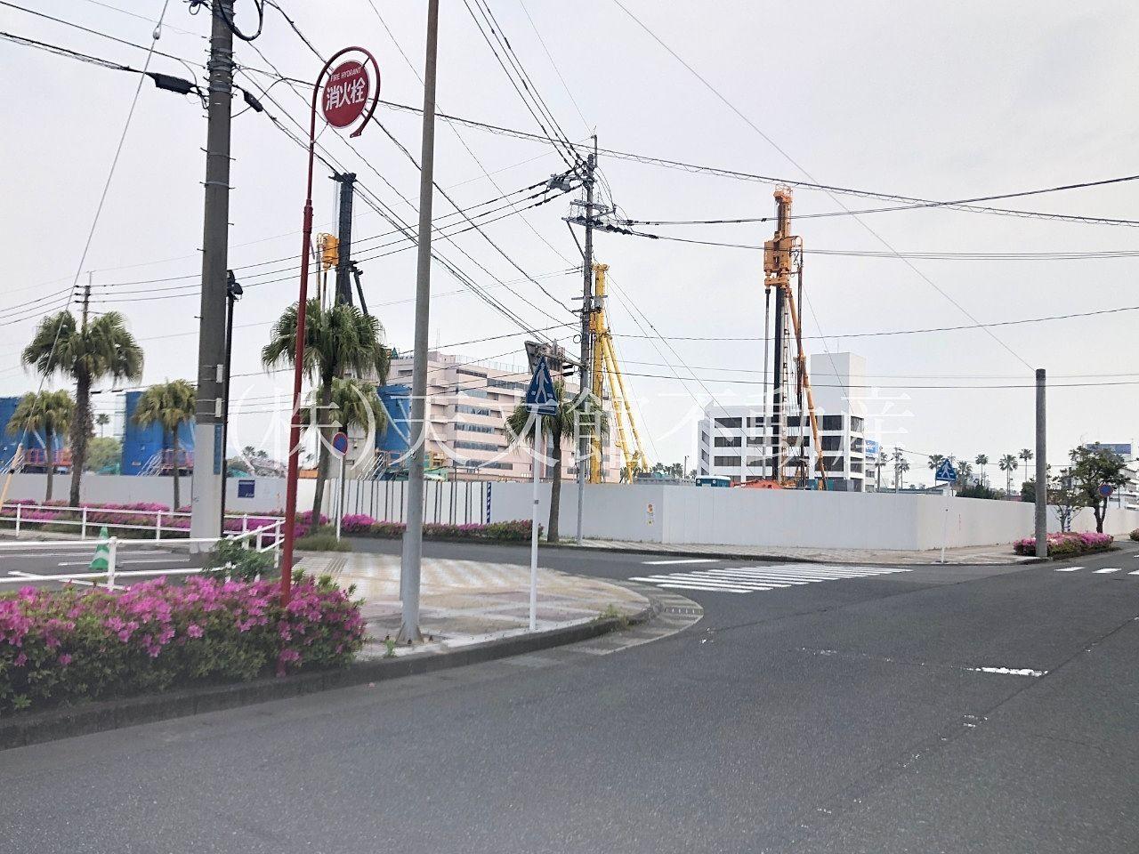 鹿児島市南栄町5丁目の広大な敷地に徳洲会病院が建設されています。
