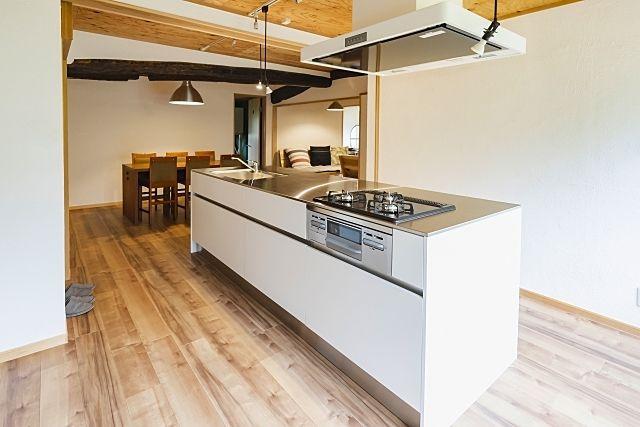 鹿児島市内では築年数の古い中古マンションはリノベーション目的で購入されるお客様に需要があります。