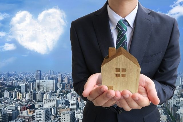 不動産売却により引渡しを迎えたときは鍵も買主様に引渡します。